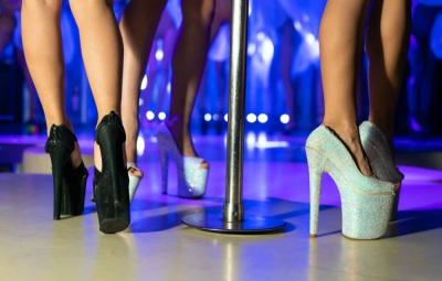 benefits of a strip club Romansa Nightclub 1