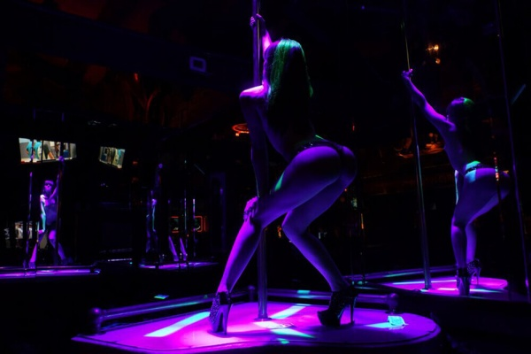 best parties in a strip club Romansa Nightclub 1