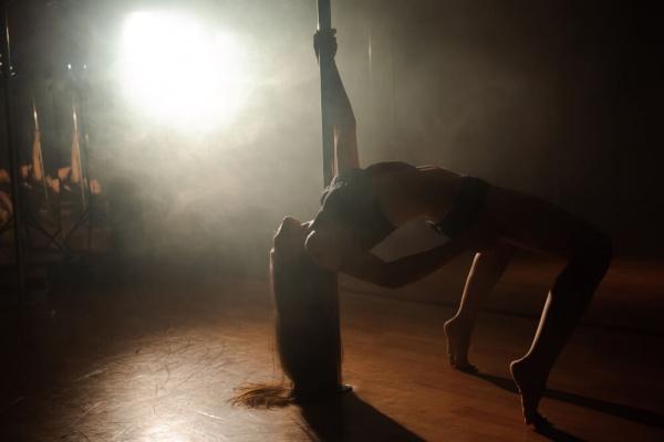 best pole dancing in belgrade