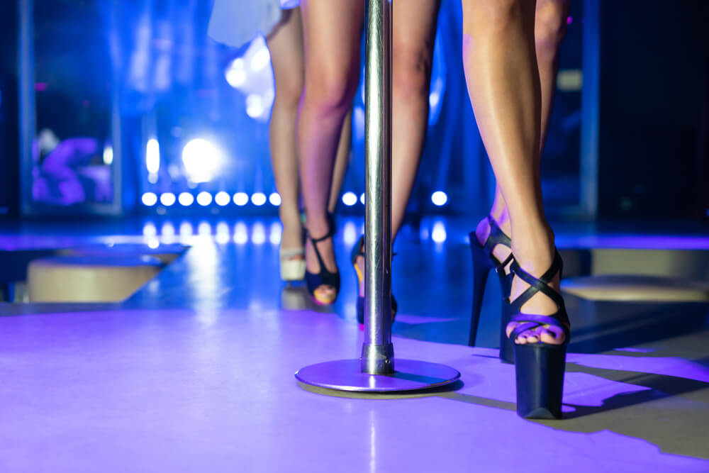 how strip clubs affect libido Romansa Nightclub 4