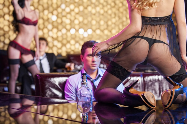 mistakes people make in strip club Romansa night club 1