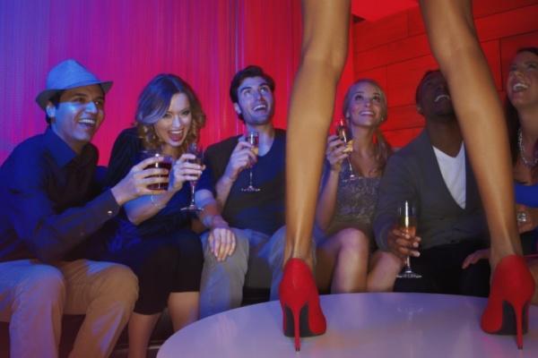 dešavanja u striptiz klubu