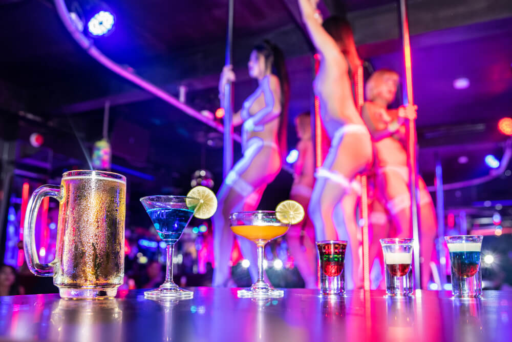 strip clubs in winter Romansa Nightclub 2