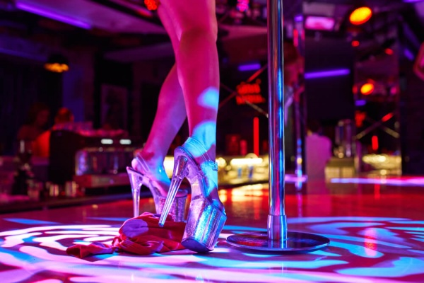 when to visit a strip club Romansa Nightclub 1